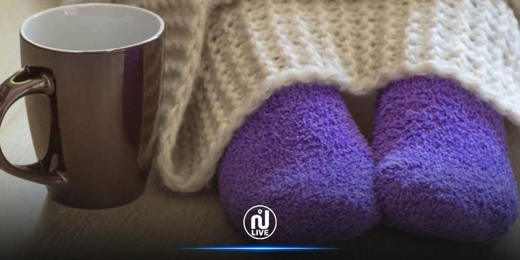 برودة القدمين قد تكشف هذه  الأمراض !