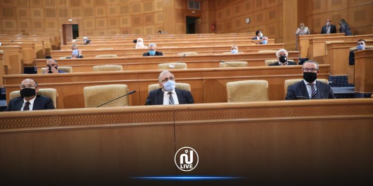 المصادقة على اتفاق قرض مبرم  بين تونس والبنك الإفريقي للتنمية