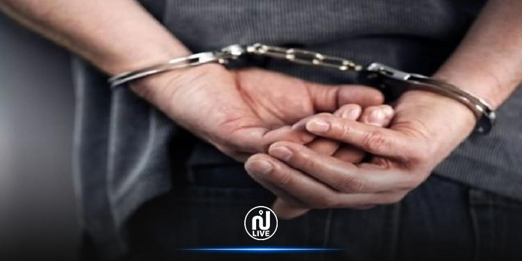 حدائق قرطاج: القبض على شاب بمحيط إحدى المؤسسات التربوية