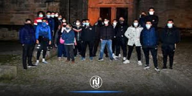 فرنسا: شباب مسلمون يتطوعون لحماية  كاتدرائية سان فولكران