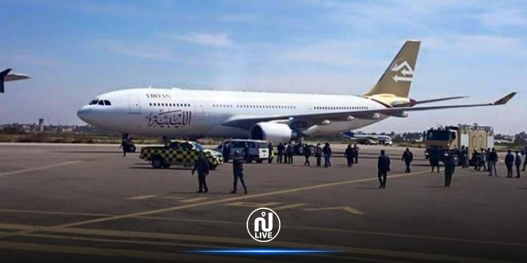 استعدادا لإستئناف الرحلات: وفد تونسي يتفقد مطار معيتيقة