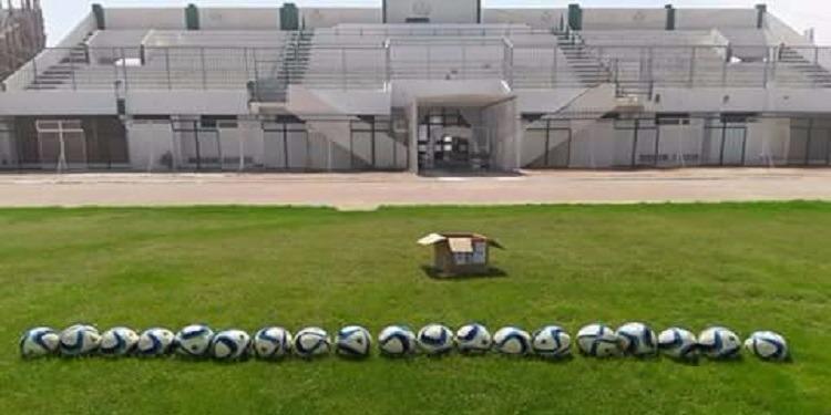 أولمبيك سيدي بوزيد : مسؤول يستولي على 20 كرة !