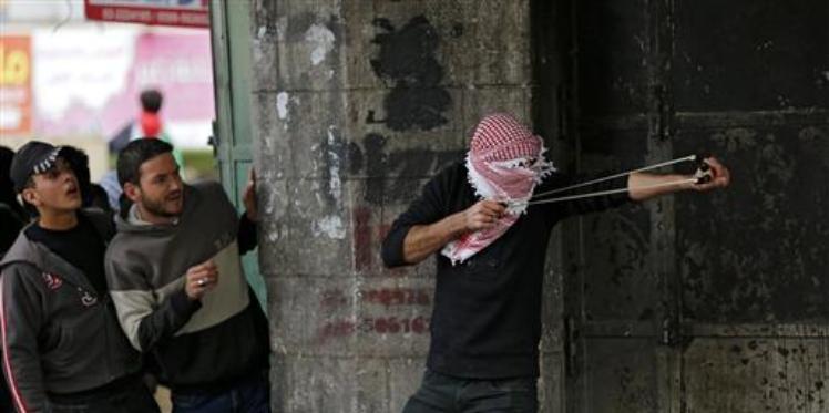 عن فتية فلسطين وسكاكينهم وكذبة نتنياهو في ألمانيا