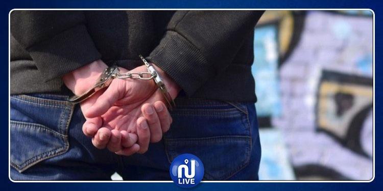 حي الخضراء: القبض على منحرف خطير محل أكثر من 20 منشور تفتيش
