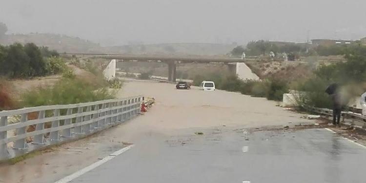 Pluies: Circulation interrompue sur plusieurs routes