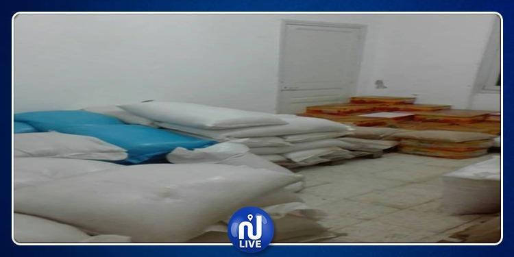الحرايرية: مداهمة مخزن عشوائي وحجز مواد غذائية فاسدة