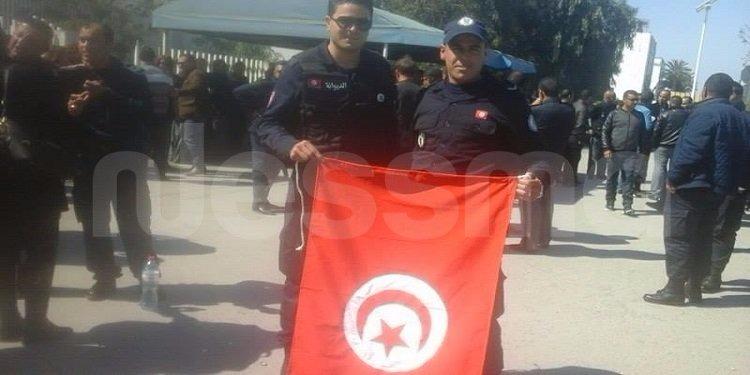 ميناء رادس: أعوان الديوانة في وقفة إحتجاجية (صور)