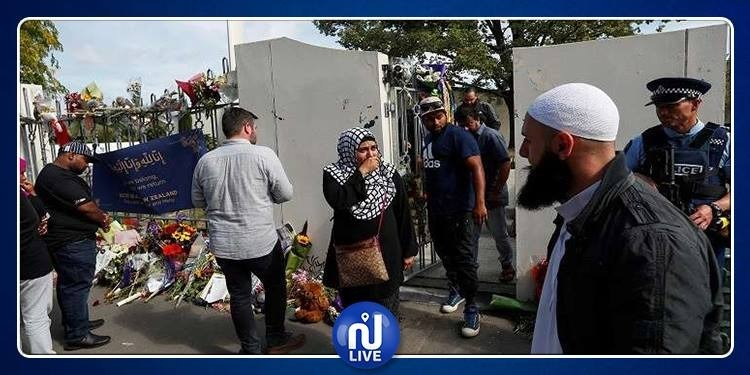 مسلمون يصلون الجمعة داخل الكنيس!