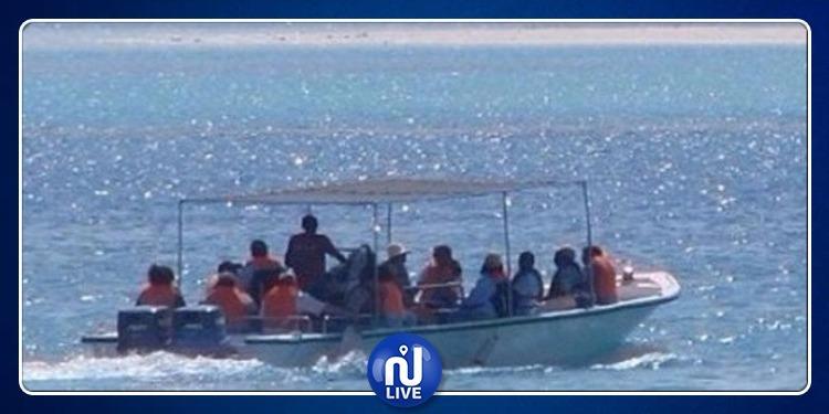 المهدية: إيقاف 20 مهاجرا بعد تعطل مركبهم في عرض البحر