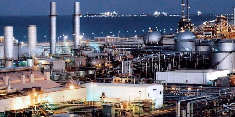 السعودية تخفض صادراتها النفطية لأدني مستوياتها بداية من شهر أوت المقبل