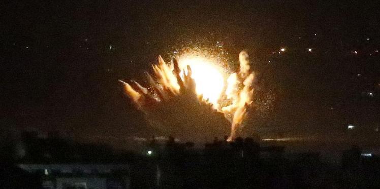 """غارة إسرائيلية على موقع """"تونس"""" بغزة"""