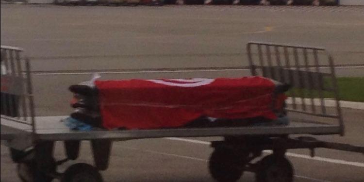 وصول جثمان  المهندس التونسيخالد تينسة  إلى تونس (صور)