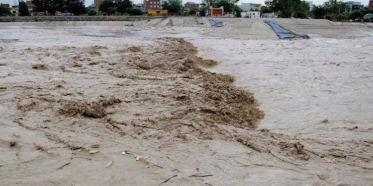 إيران: 14 قتيلا وعشرات المفقودين جراء الفيضانات