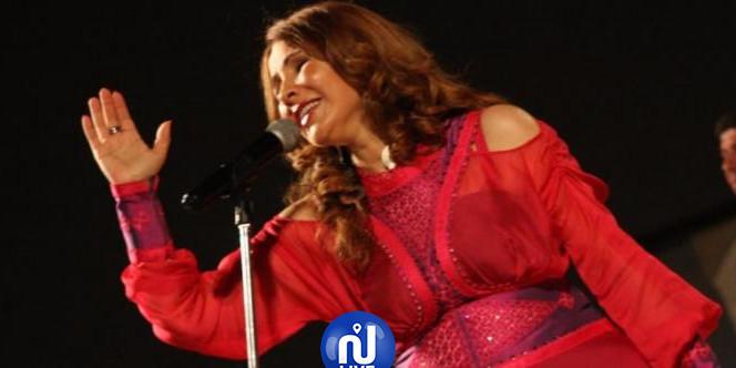 مهرجان نسمات اندلسية: نبيهة كراولي تبدع  فتمتع في  الافتتاح