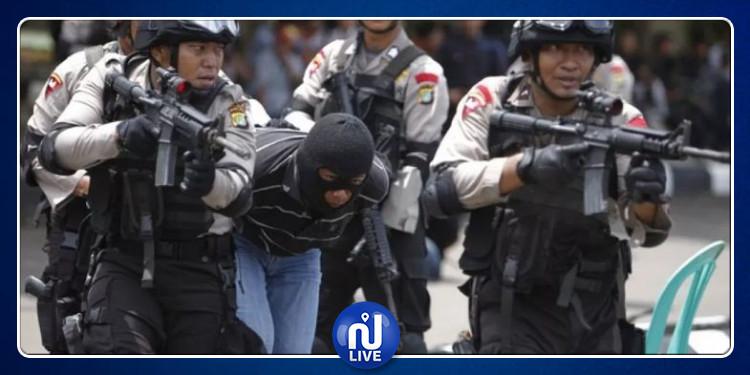 اندونيسيا :  إصابة  إرهابي حاول تفجير نفسه خارج مركز شرطة