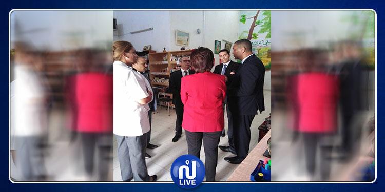 وزير العدل يؤدي زيارة إلى سجن النساء بمنوبة