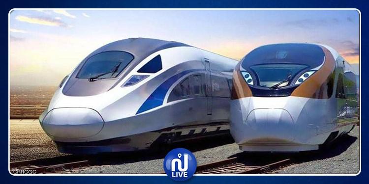 وصول القطارات الجديدة 'آر آف آر' إلى ميناء رادس (صور)