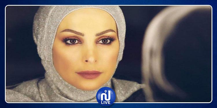 امل حجازي تؤدي مناسك الحج (صورة)