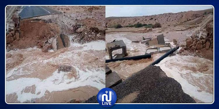غلق الطريق الرابط بين المتلوي وأم العرائس بعد انهيار منشأة مائية (صور)