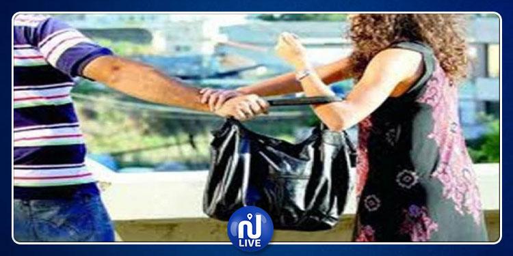 ''نطر'' حقيبة امرأة: ''المربّع'' في قبضة الأمن