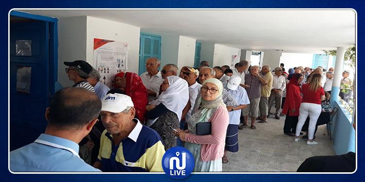 حمام سوسة : فتح مركز الإقتراع بتأخير نصف ساعة لعدم توفر مواد إنتخابية