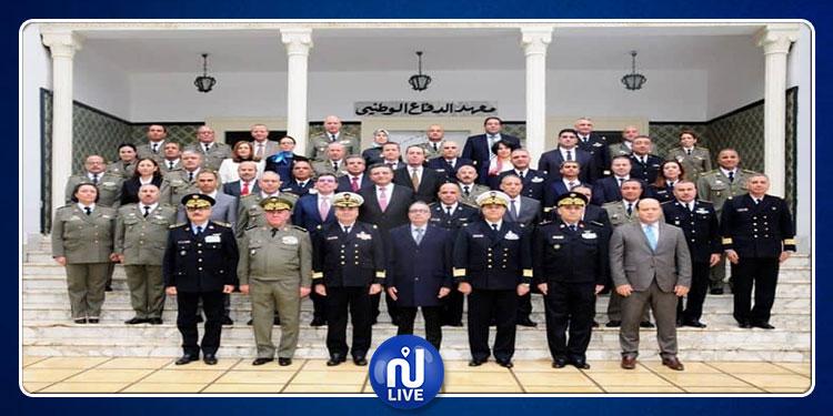وزير الدفاع بالنيابة يفتتح أشغال الدورة 37 لمعهد الدفاع الوطني