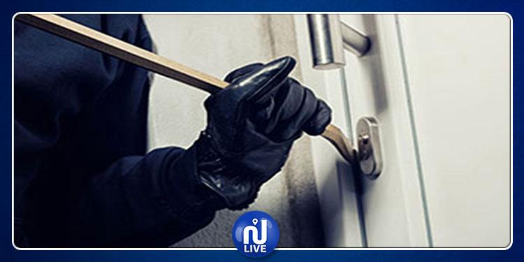 العاصمة:ضبط شخص بصدد سرقة تجهيزات أحد المؤسسات العمومية