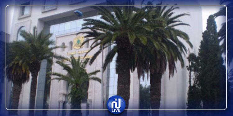 إجلاء دبلوماسيين ليبيين إلى تونس: الخارجية الليبية توضح
