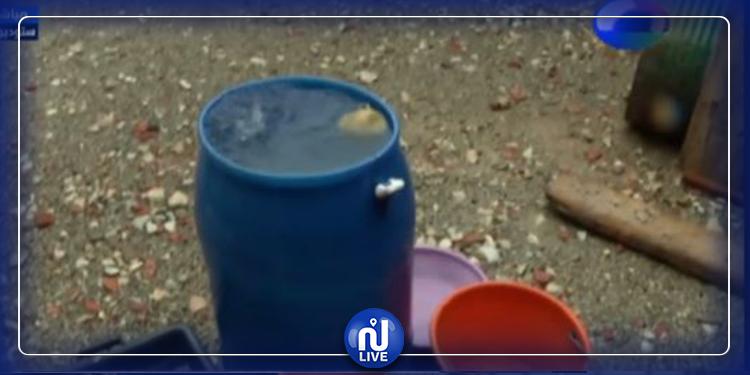 على بعد 3 كلم من العاصمة: عشرات العائلات بلا ماء و كهرباء (فيديو)