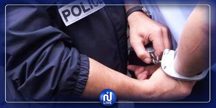 أوقف بلافايات ..''ولد عبيد'' مروع سكان الزهروني في قبضة شرطة النجدة