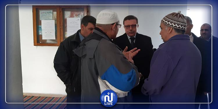 بعد محاولة تخريبه: وزير الشؤون الدينية يزور جامع الرحمان بالمرسى(صور)