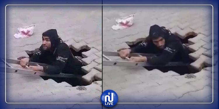 القيروان..مواطن يسقط في حفرة على الطريق (فيديو+صور)