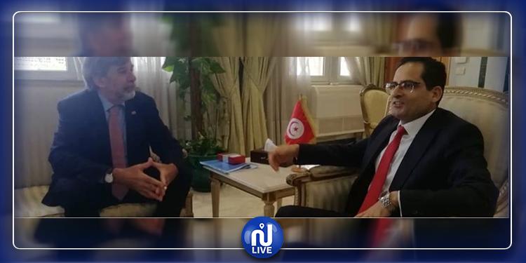 الريّ يدعو إلى تشجيع  السويسريين على  القدوم إلى تونس