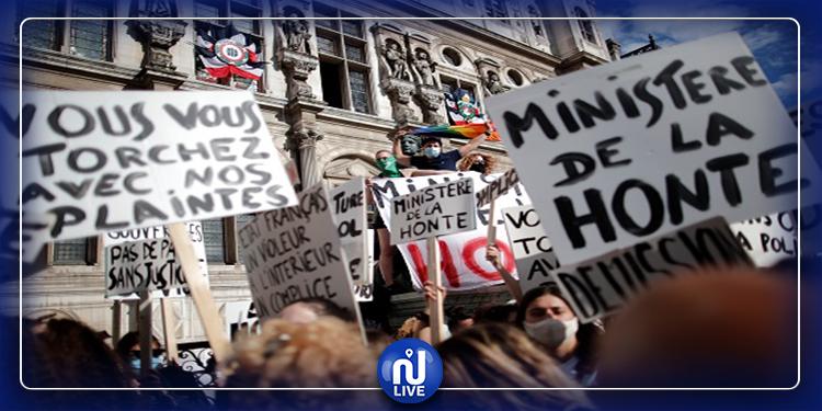 تلاحقه شبهة اغتصاب: احتجاجات نسوية ضد وزير الداخلية الفرنسي الجديد