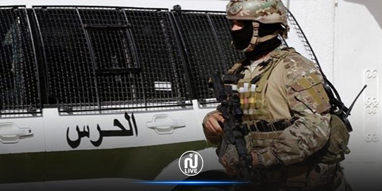 سيدي بوزيد: حجز بندقيتي صيد وبدلات عسكرية