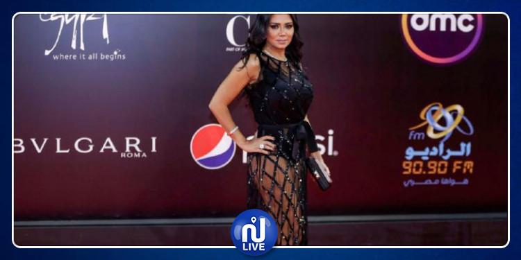 رانيا يوسف: مستعدة لارتداء فستاني الفاضح مرّة أخرى