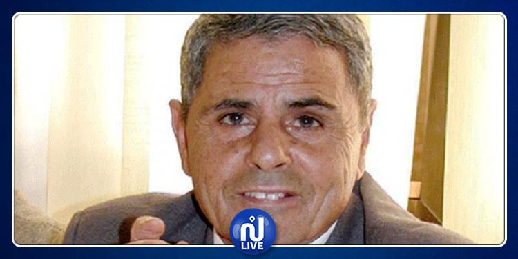 محمد القمودي حي يرزق
