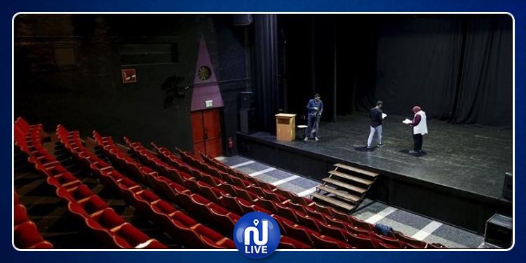 ظنّه الجمهور مشهد تمثيلي: وفاة ممثل على خشبة المسرح