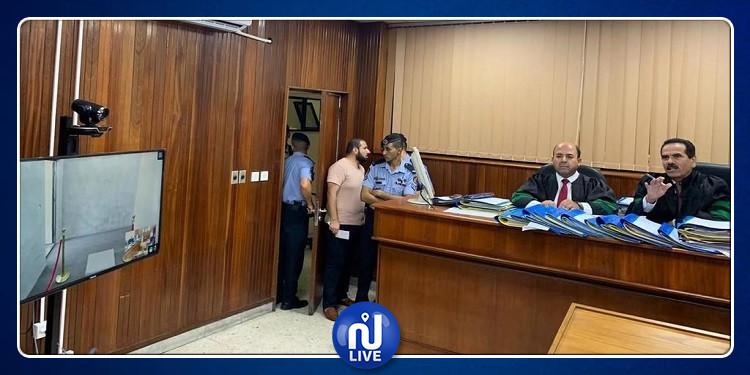 بلد عربي يشهد أول محاكمة عن بعد