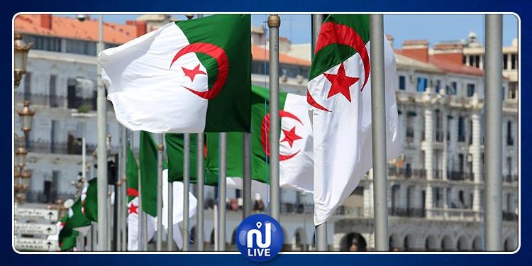 الجزائر: إستبدال اللغة الفرنسية بالإنقليزية في جميع الوثائق الرسمية