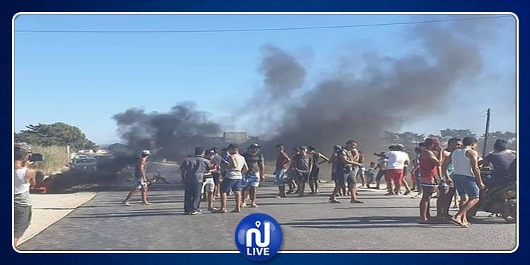 نابل: إغلاق الطريق احتجاجا على انقطاع مياه الشرب