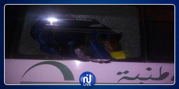 القيروان: محاولة براكاج لحافلة تربط بين تونس ورمادة (صور)