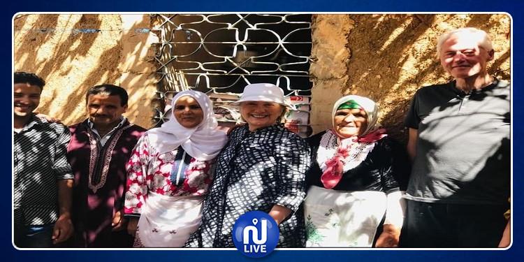 بيل وهيلاري كلينتون يتجولان في مراكش (صور)