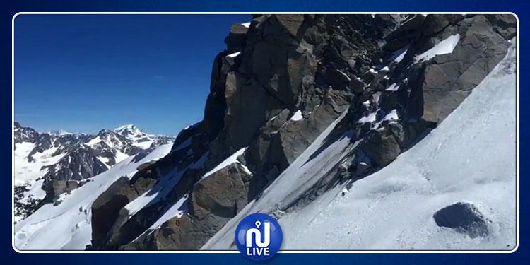 بعد 43 سنة من البحث.. رجل يتمكن من العثور  على رفات صديقه متسلّق الجبال