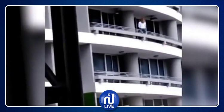 كانت بصدد التقاط ''سيلفي'': سقوط فتاة من الطابق 17