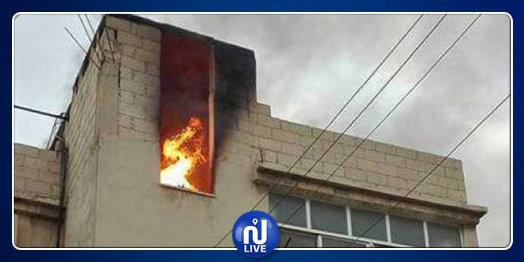 جبل الجلود: يعتدي على والدته ويضرم النار في منزلها
