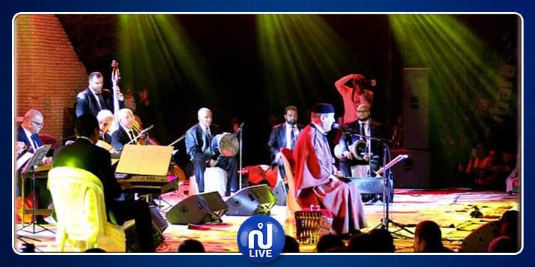 مهرجان روحانيات نفطة: لطفي بوشناق غنى ..أطرب فأعجب الجمهور