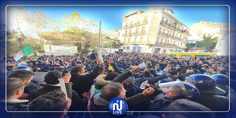 انتخابات الجزائر:مكاتب اقتراع تغلق أبوابها بسبب الفوضى (صور)