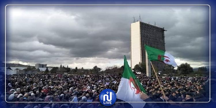 رغم الحِداد: تواصل الاحتجاجات في الجزائر