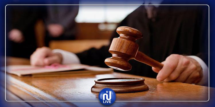 إيقاف قاض بتهمة الإعتداء على عدد من الأمنيين